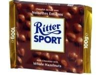 Ciocolata amaruie cu alune intregi Ritter Sport